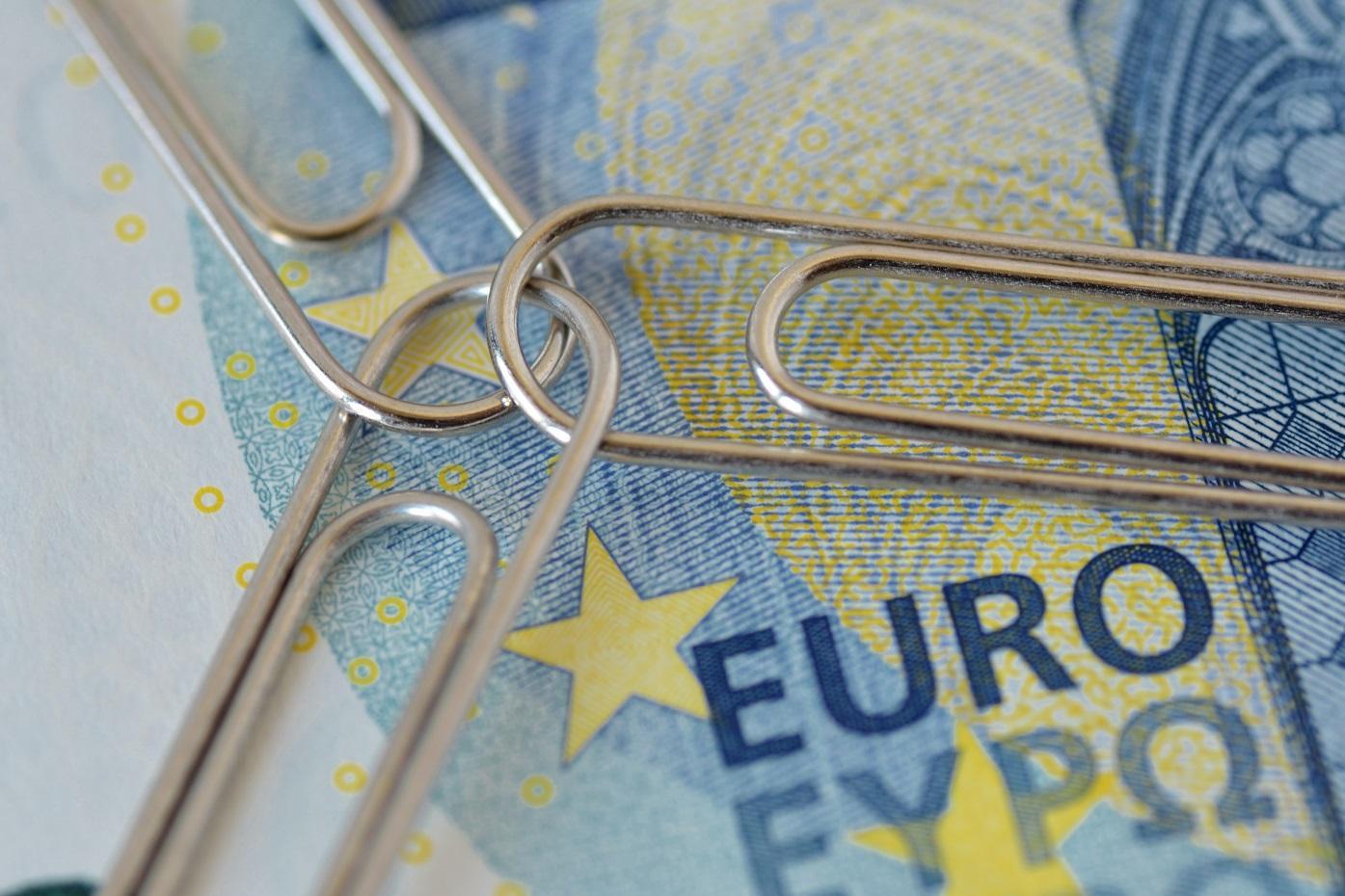 Európai Unió, uniós pénz