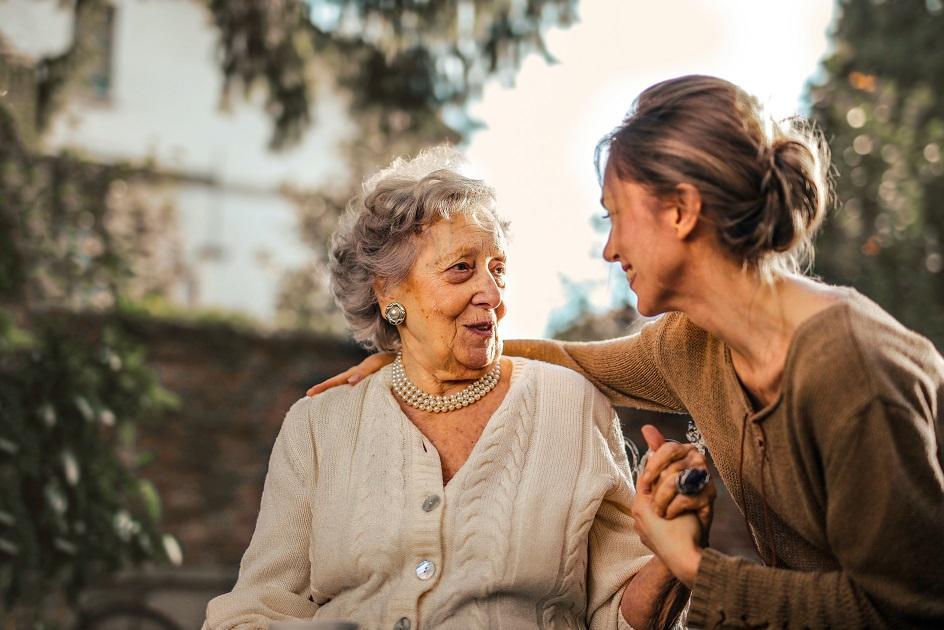 nyugdíjas nők