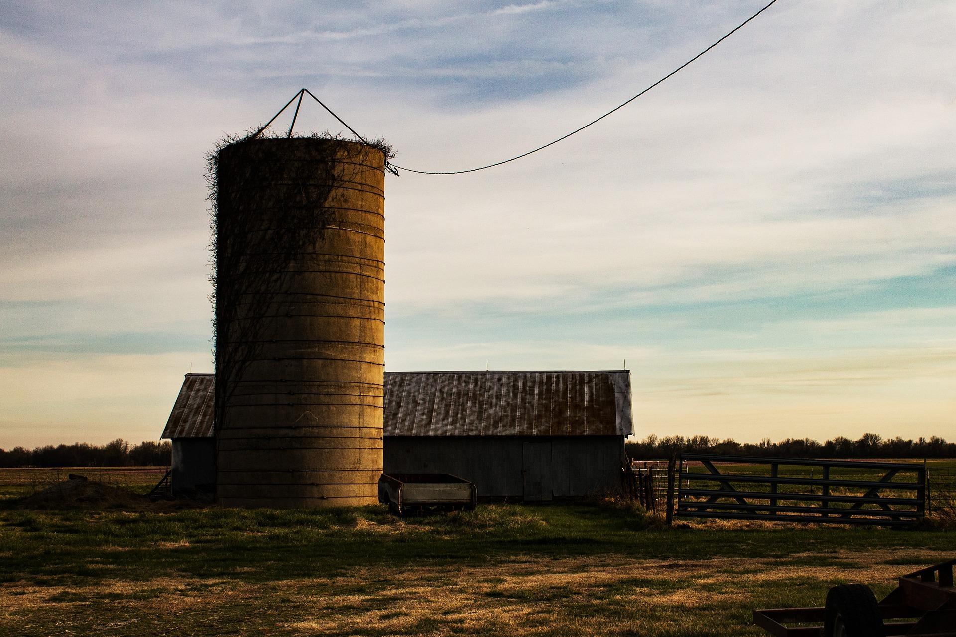 mezőgazdaság, tároló, újítás, bővítés